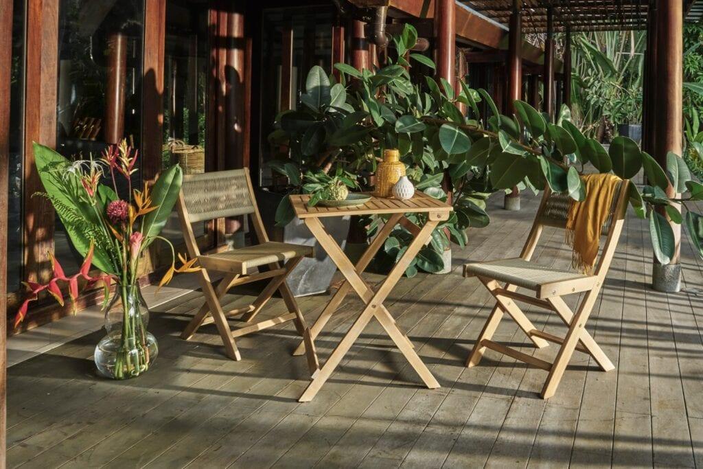 Meble outdoorowe - jak wybrać meble do ogrodu, na taras i balkon