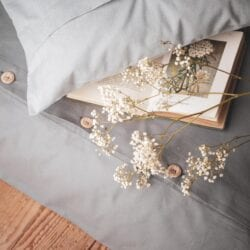 Szara bawełniana pościel na guziki - Bepette