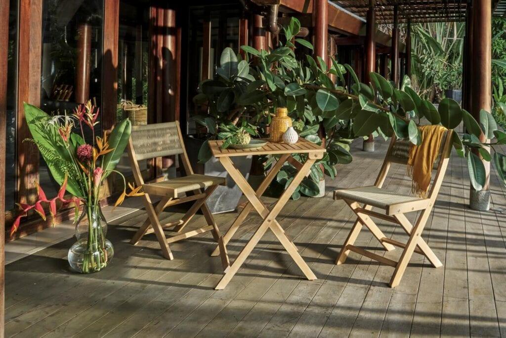 3 mity na temat wyboru mebli na taras i balkon - Raja - Miloo Home
