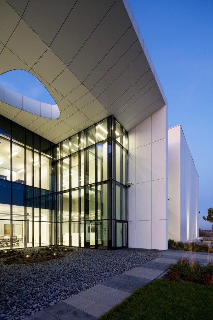 Centrum Badawczo - Rozwojowe High Technology Machines projektu Zalewski Architecture Group