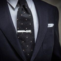 Spinka do krawata Fein Fein model inicjały wykonana ze srebra