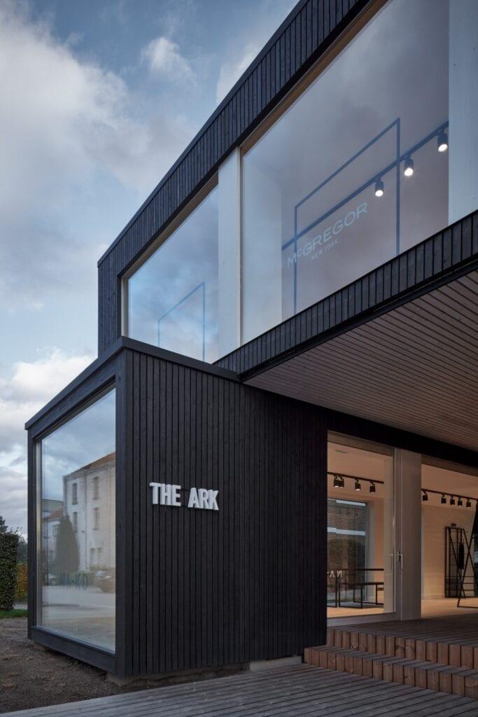 Ark-shelter i showroom dla marki GAB - zdjęcia BoysPlayNice