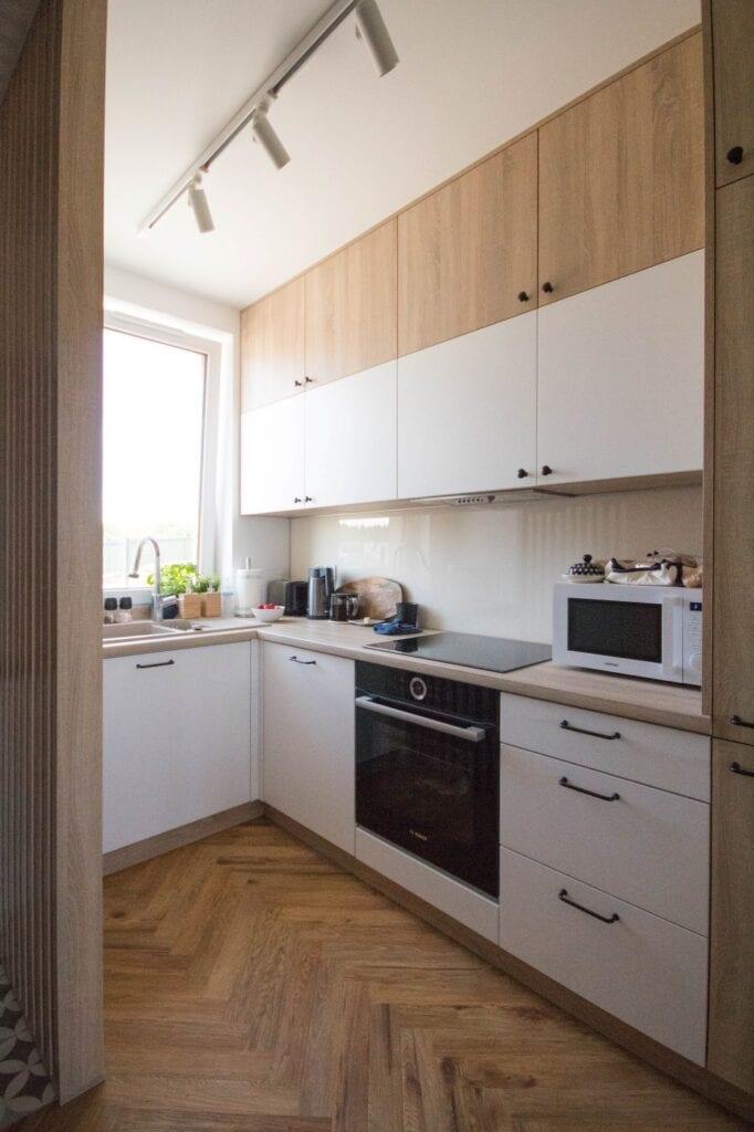 Nabak Architektura Wnętrz i przytulne wnętrze w okolicy Gdańska