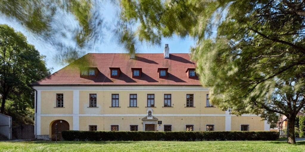 Pracownia Fuuze i projekt szkoły podstawowej w miejscowości Vřesovice - zdjęcia BoysPlayNice