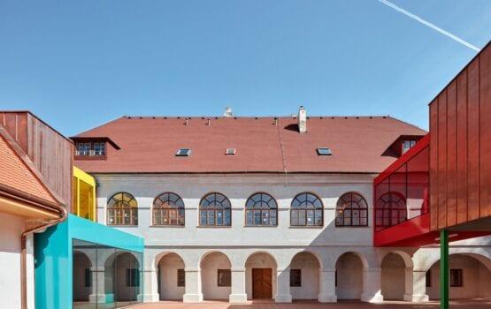 Pracownia Fuuze i projekt szkoły podstawowej w miejscowości Vřesovice