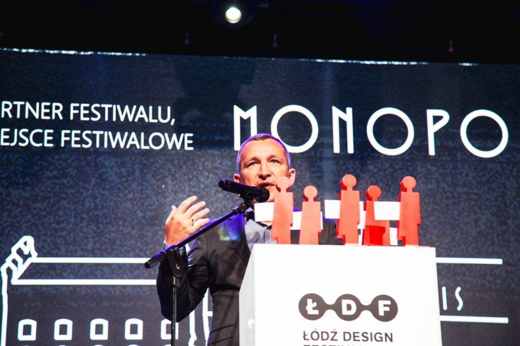 Nadzieja w młodych - poznaliśmy wyniki kon - make me - wręczenie nagród w konkursie, przemawia prezes Virako Krzysztof Witkowski - fot. Aleksandra Pawłowska