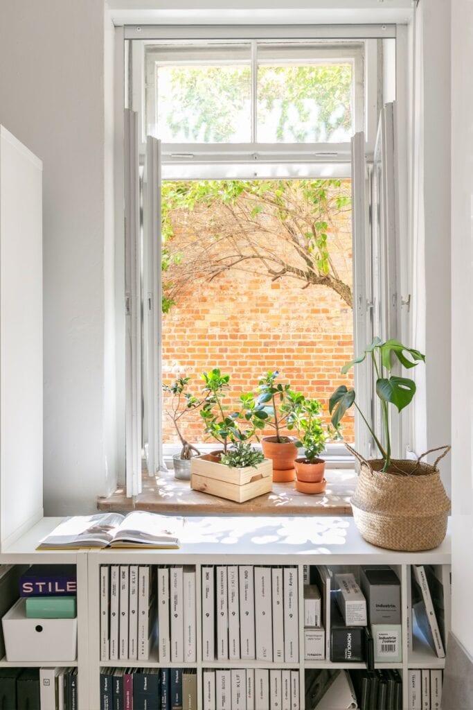Paryż, Londyn, Warszawa w biurze TWORZYWO studio - Joanna Dziurkiewicz i Marcin Dziurkiewicz - zdjęcie Pion Poziom