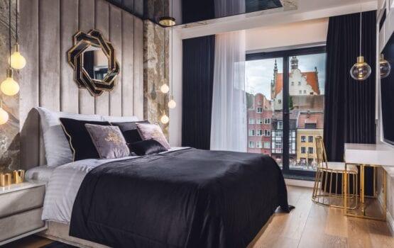 Sypialnia glamour – jak ją urządzić? Porady i inspiracje