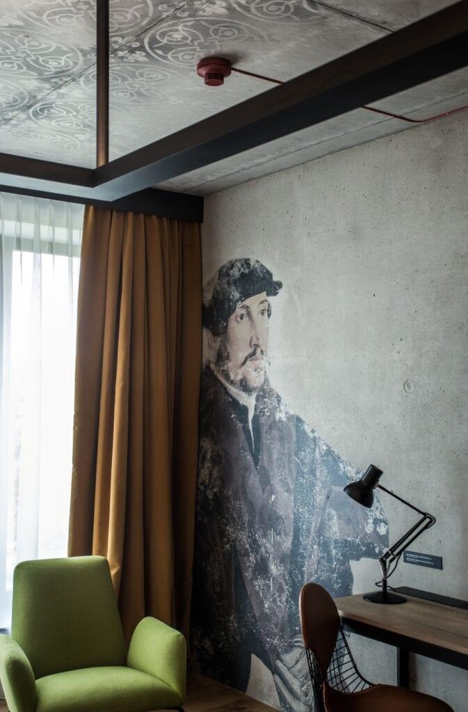 Grafiki Kolektyf we wnętrzu hotelu The Bridge Wrocław MGallery - Konrad Iwanowski, Kamil Tobiasz