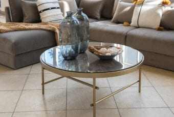 Wybieramy idealny stolik kawowy – porady od marki Miloo Home