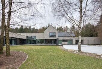 Dom RE: HORIZONTAL HOUSE projektu REFORM Architekt
