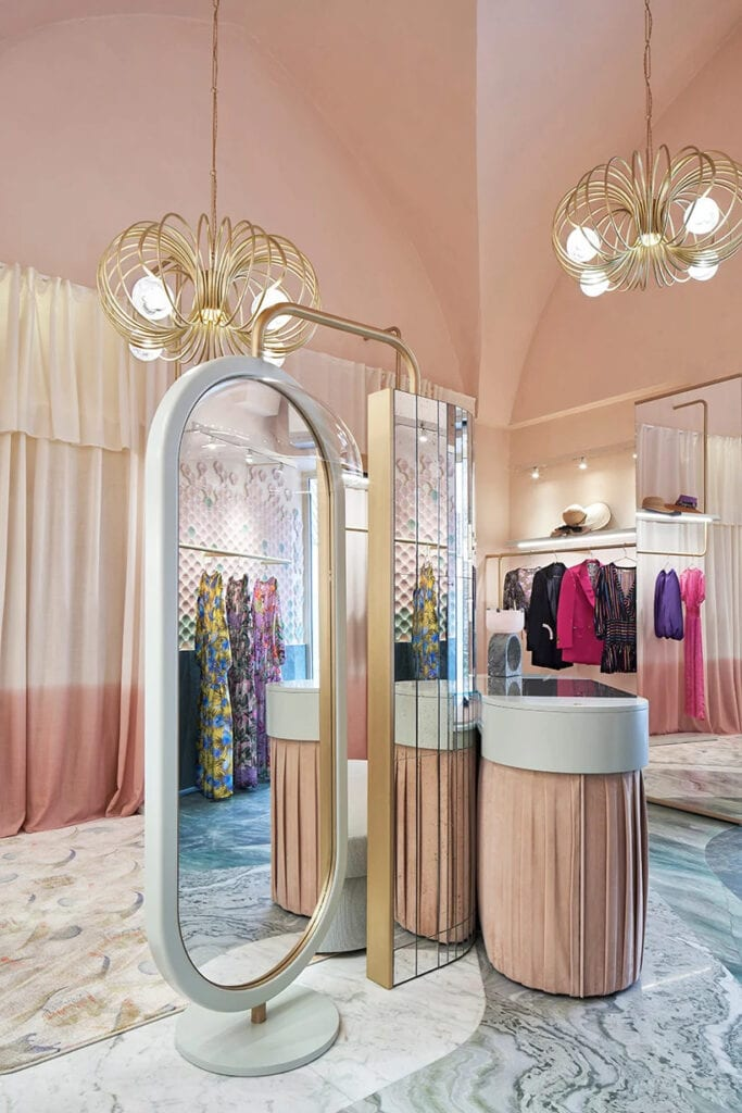 Palazzo Avino Pink Closet - Cristina Celestino