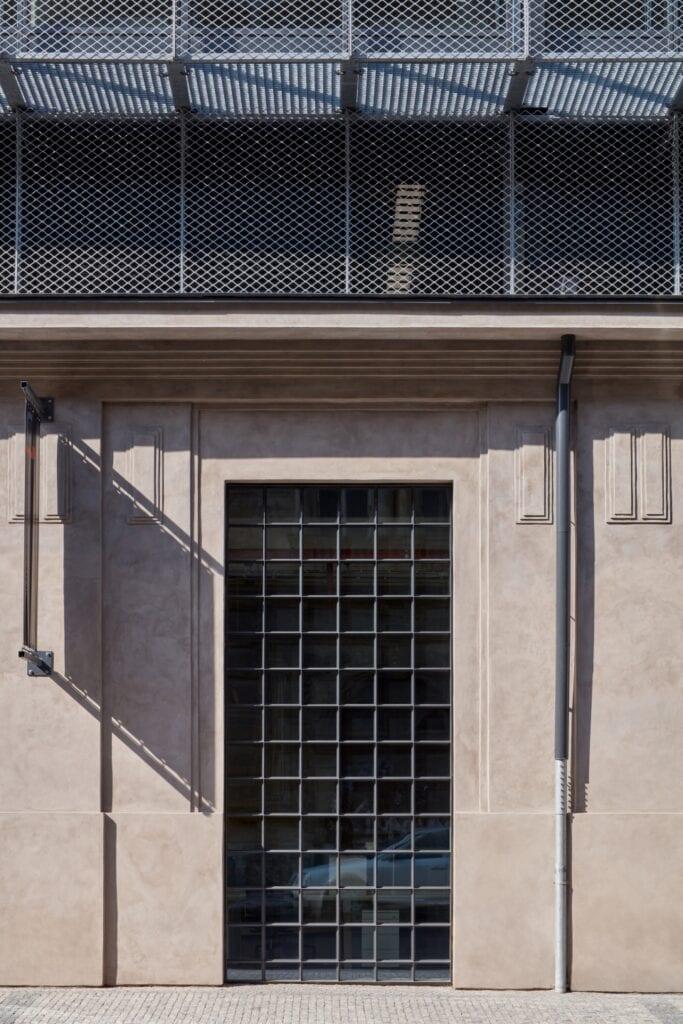 QARTA ARCHITEKTURA i renowacja budynku zajezdni tramwajowej - foto BoysPlayNice