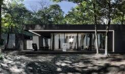 RE: DARK HOUSE – projekt pracowni REFORM Architekt