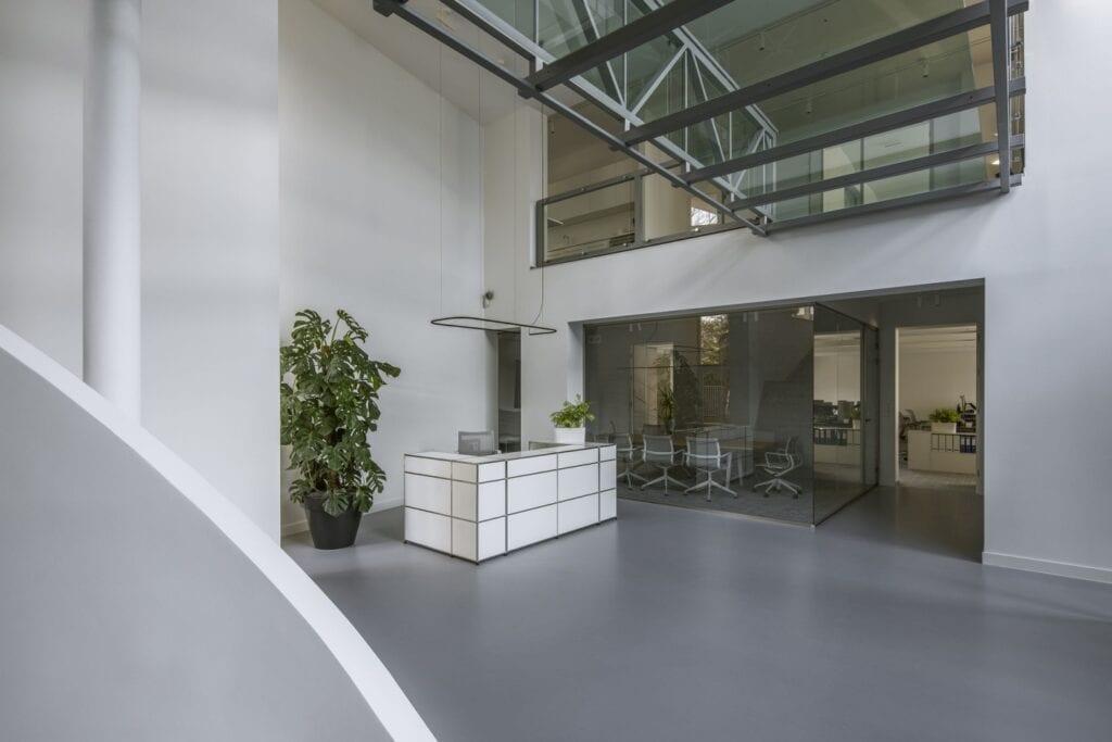 Bibi Space i siedziba rodzinnej firmy Evoltec - foto Yassen Hristov