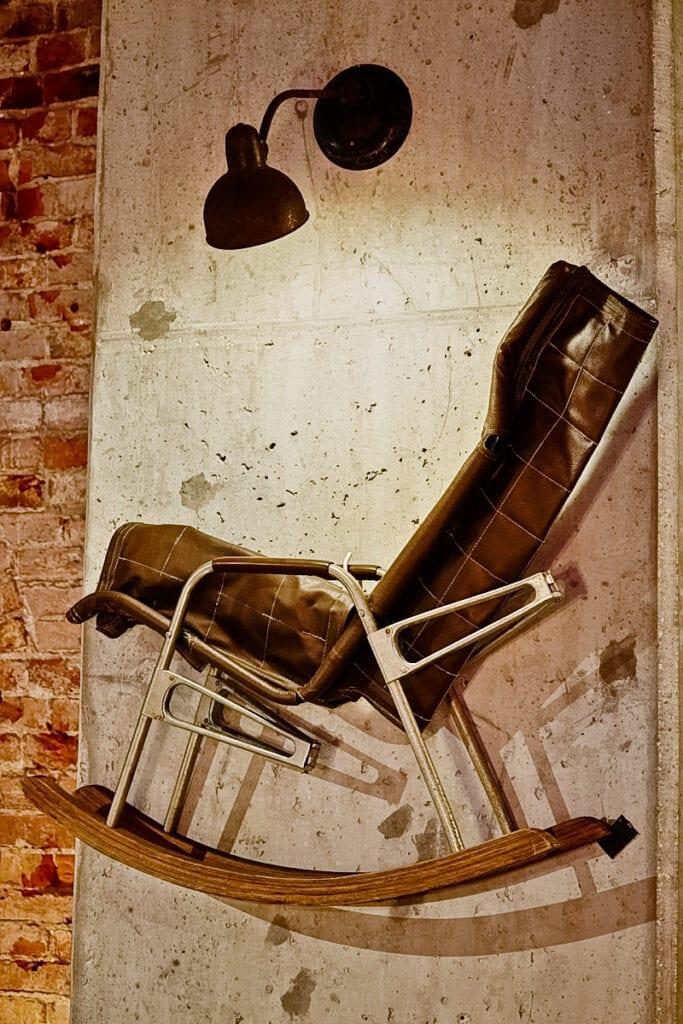"""""""Majstersztyki"""" - wystawa sztuki użytkowej w Elektrowni Powiśle - autorska kolekcja vintage Piotra Płoskiego"""