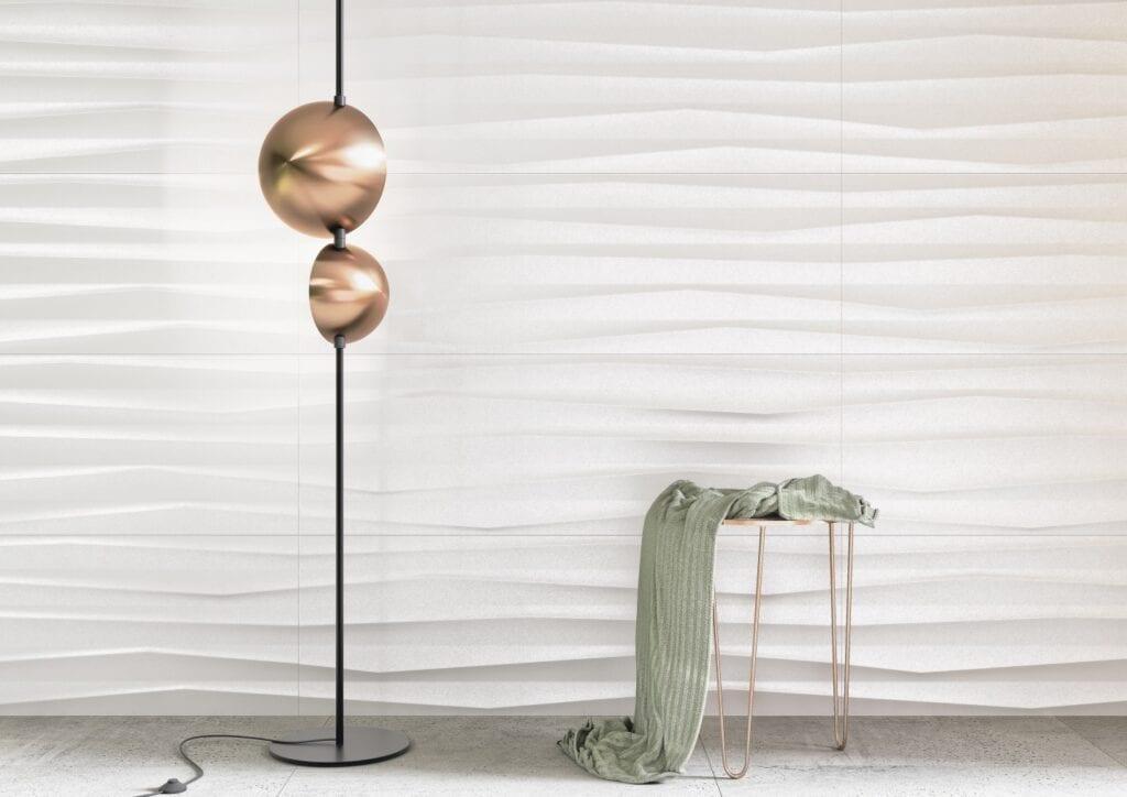 Białe płytki ścienne w nieszablonowym wydaniu: kolekcje marki Opoczno - Selina