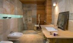 Funkcjonalna łazienka z charakterem – porady Kulczyński Architekt