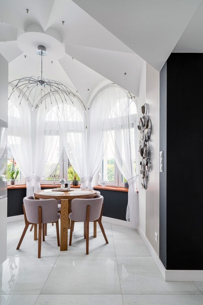 Wizyta w domu w stylu modern z kroplą glamour - projekt mDesignStudio - foto Artur Krupa