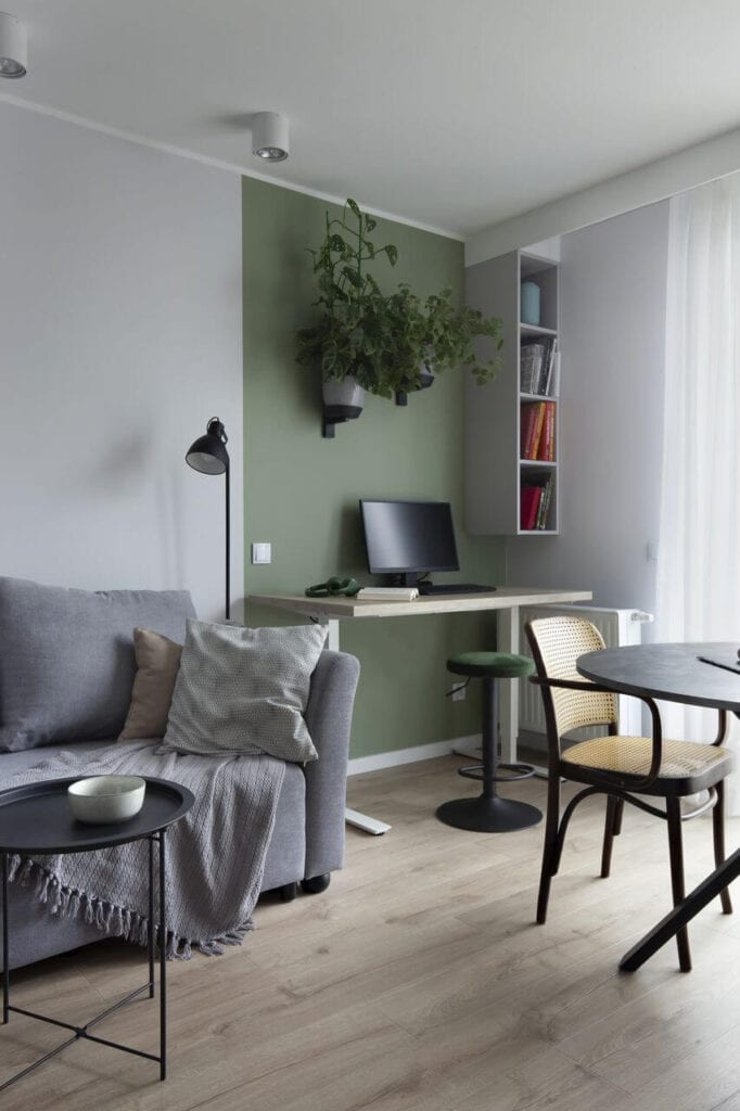 Pokój z oliwkową ścianą - projekt Ilona Paleńczuk z pracowni IP Design