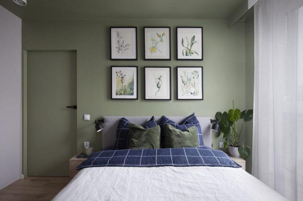 Obrazy nad łóżkiem w sypialni - projekt Ilona Paleńczuk z pracowni IP Design