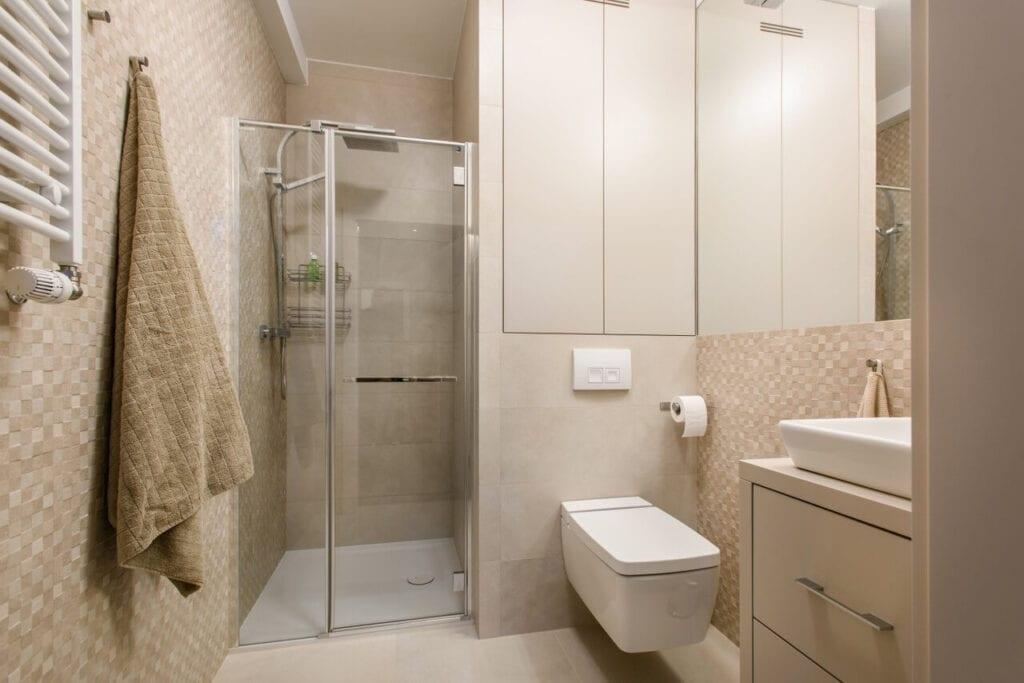 Sposoby na porządek w łazience - porady od marki Komandor