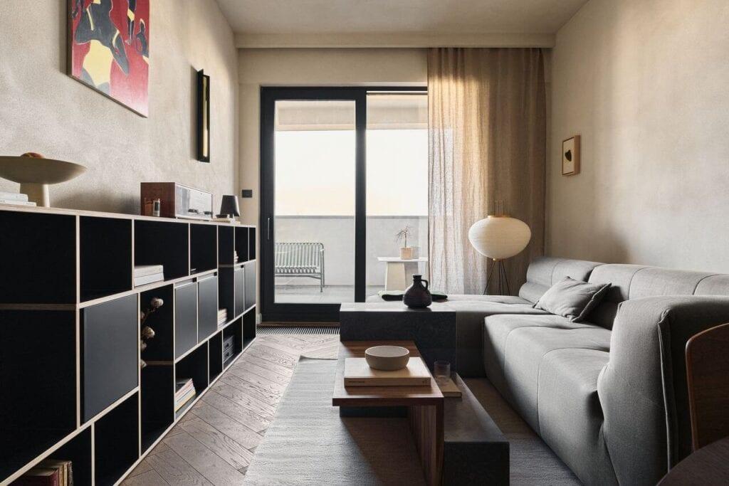 Tekstura i głębia w 48-metrowym mieszkaniu projektu pracowni Odwzorowanie - foto Tomo Yarmush