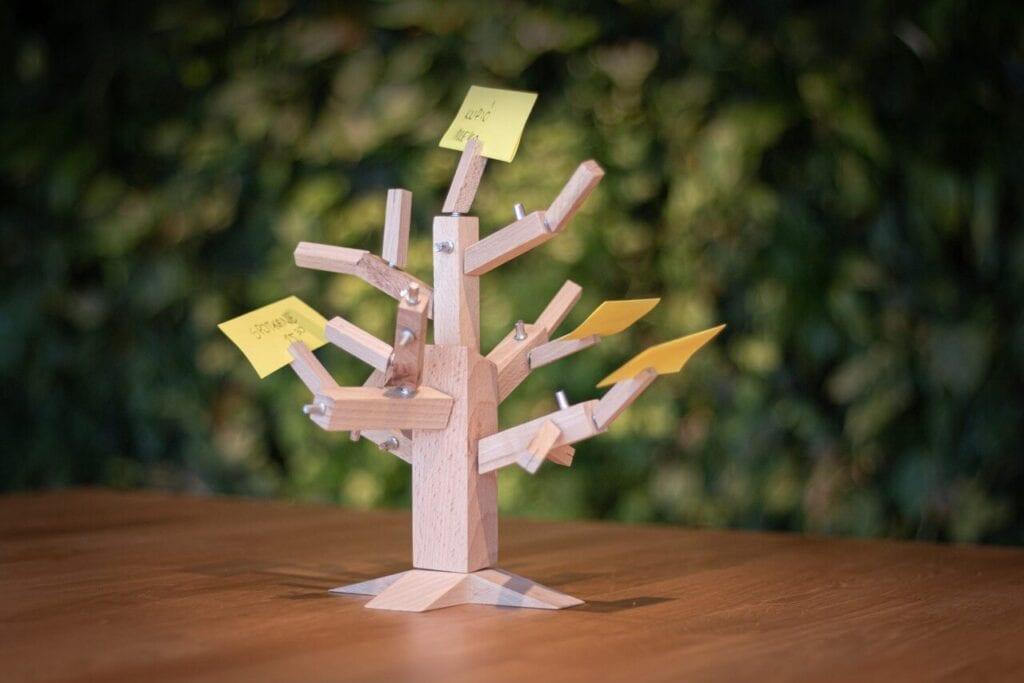 7 pomysłów na designerski prezent na Dzień Dziecka - Drzewko. Puzzle 3D - WellDone Dobre Rzeczy