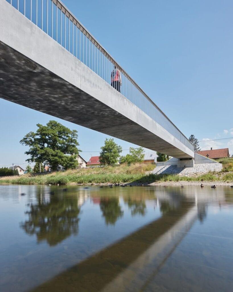 Betonowy most w Příborze - projekt pracowników Instytutu Kloknera z Politechniki Praskiej - foto BoysPlayNice