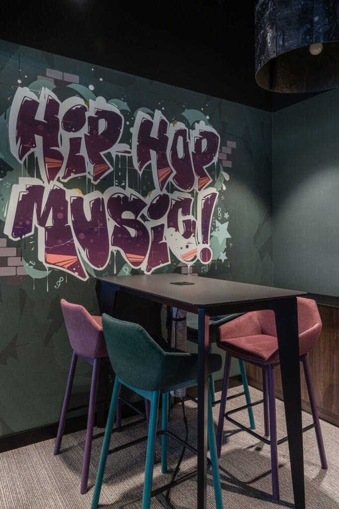 Grafika Hip-Hop Music na ścianie - Wnętrze nowego biura Universal Music Polska w Warszawie projektu The Design Group