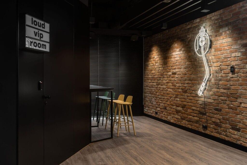 Strefa gastronomiczna - Wnętrze nowego biura Universal Music Polska w Warszawie projektu The Design Group