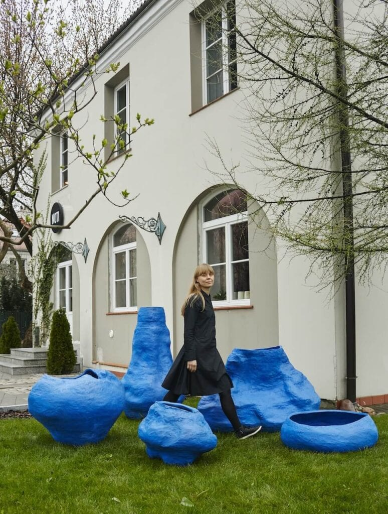 "Ceramika Alicji Patanowskiej w NOTI STUDIO - Seria ""Out of Blue"""