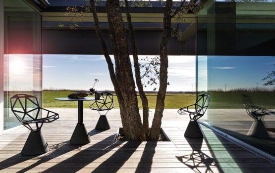 Chair_One – ponadczasowe krzesło projektu Konstantina Grcica