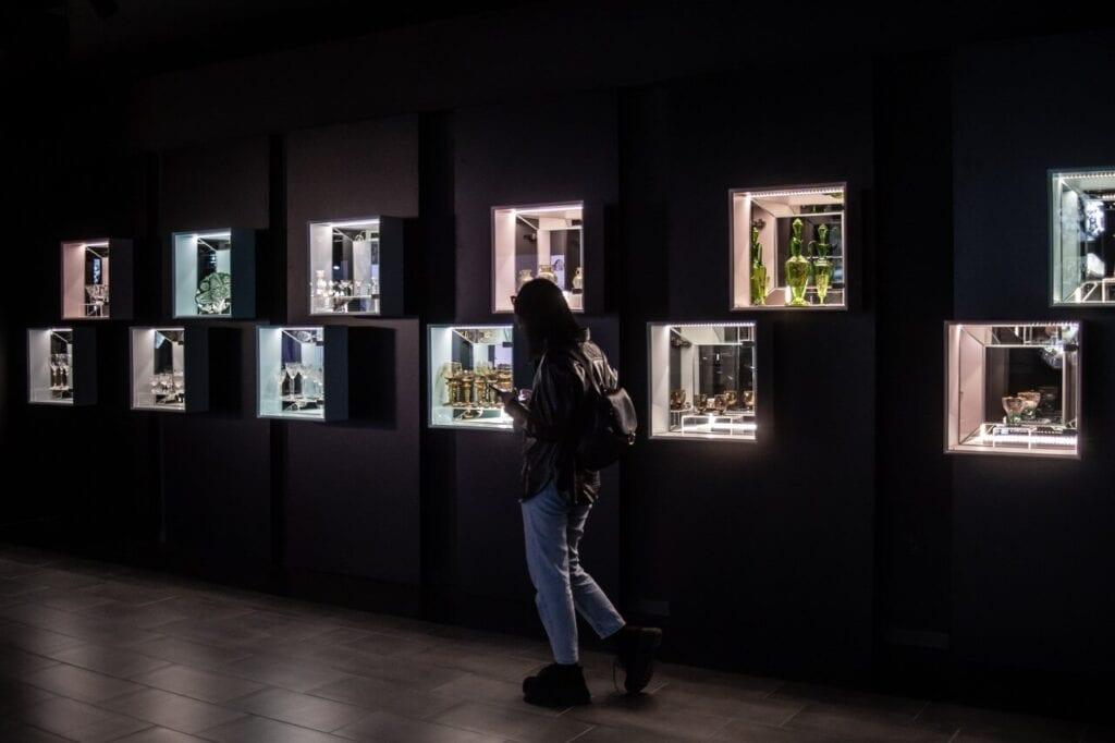 Krystalium - interaktywne centrum edukacyjne poświęcone szkłu kryształowemu i tradycjom szklarskim w Karkonoszach