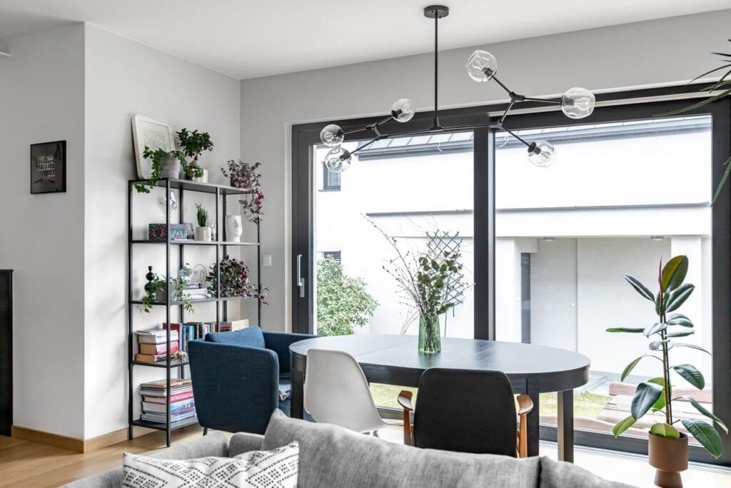 Wnętrza domu w zabudowie bliźniaczej w Gdyni projektu Czechowska Studio - foto INKADR Fotografia wnętrz Natalia Kaczmarek