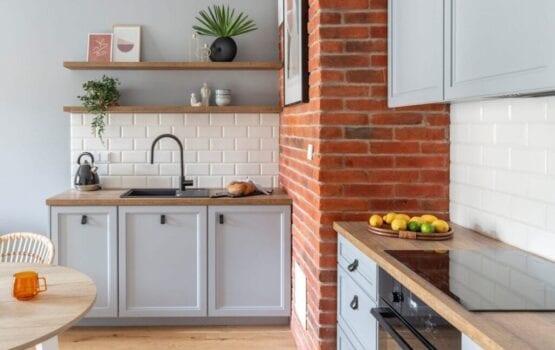Ściana z cegły – pomysły na ceglaną dekorację we wnętrzu
