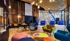 Holiday Inn Express w Warszawie – eklektyzm, kolor i local…