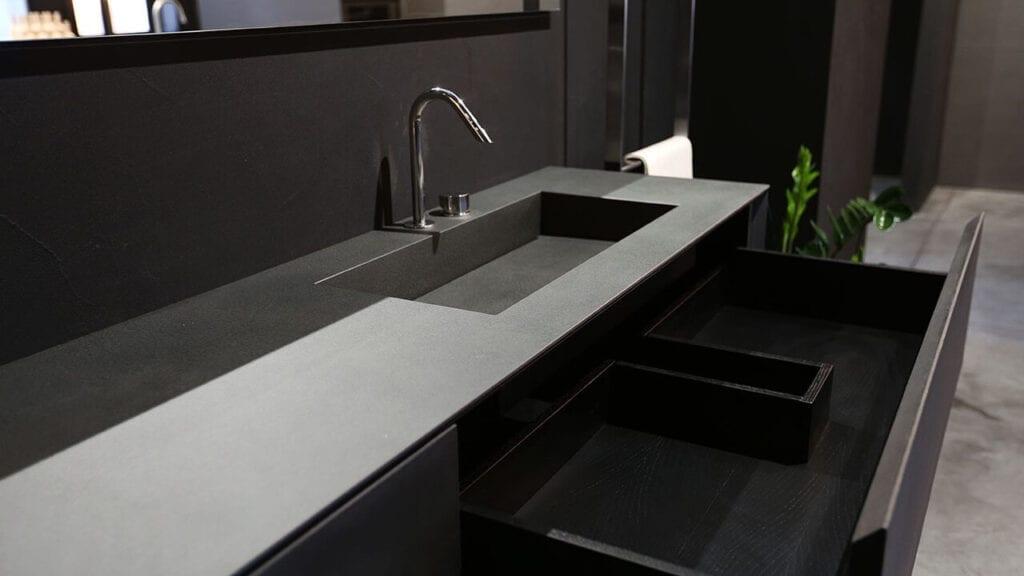 Spiek kwarcowy Rifra Cucine w łazience