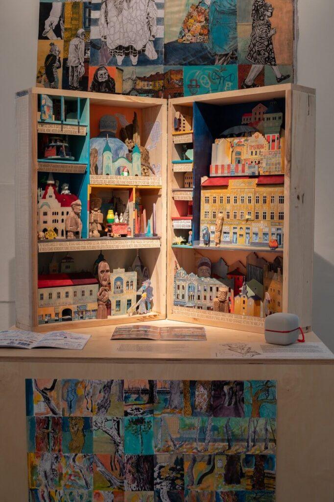 Twórcza wymiana artystyczna między Polską a Rumunią - Nowa wystawa w miejscu Projektów Zachęty - foto Anna Zagrodzka