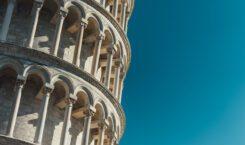 Krzywa wieża w Pizie – historia i ciekawostki!