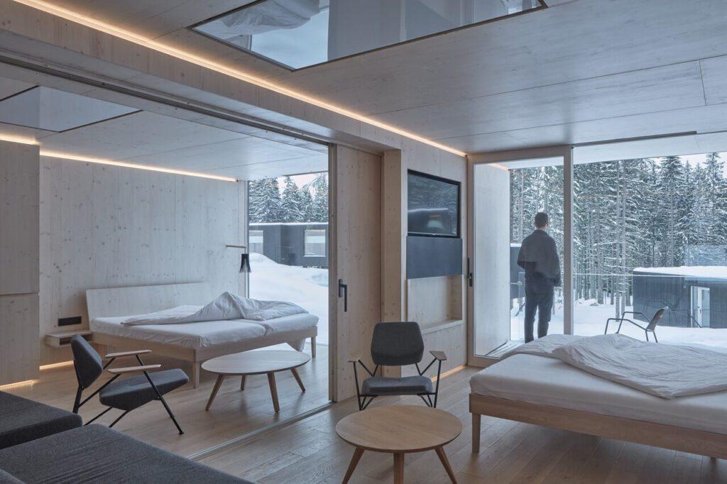 Leśne apartamenty przy Hotelu Bjornson - projekt Ark-shelter - foto BoysPlayNice