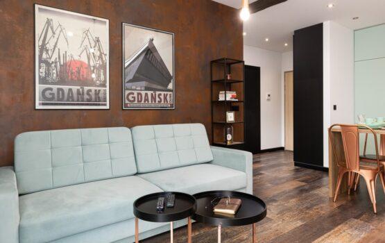 40-metrowe mieszkanie w Gdańsku w cieniu stoczniowych żurawi
