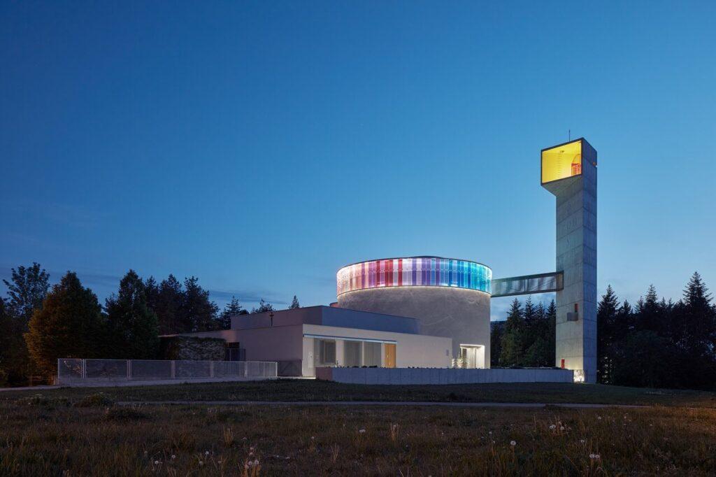 Kościół błogosławionej Marii Restytuty - projekt Atelier Štěpán - foto BoysPlayNice
