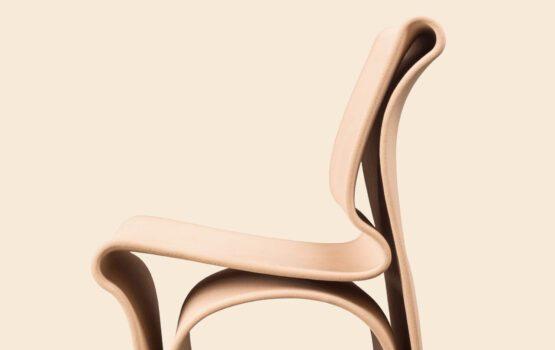 Krzesło Antropo – mebel z recyklingu od Wojciecha Mierzwy