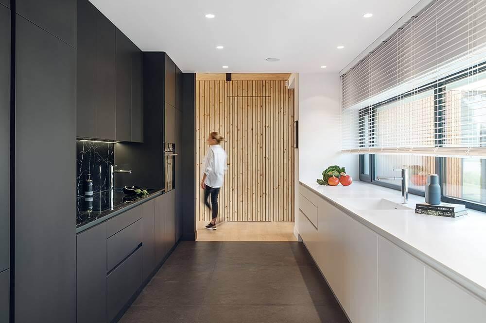 Rezydencja w podpoznańskich Chybach projektu EV Architects