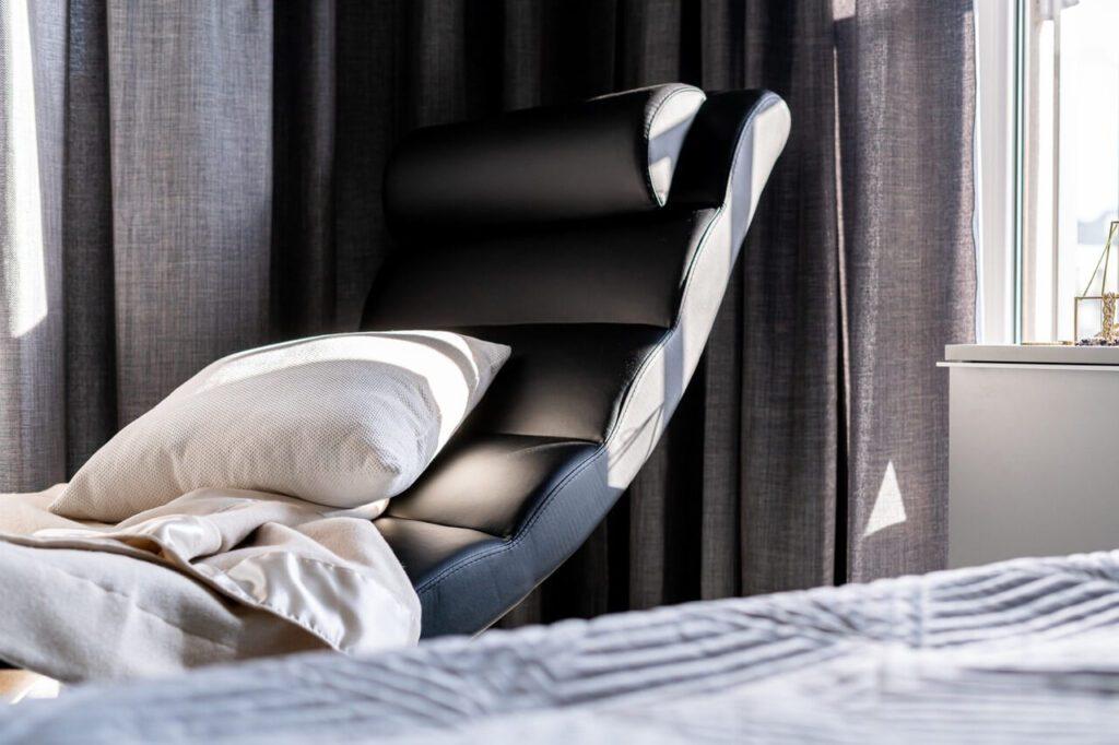 Wnętrze w stylu Black & White od pracowni KODO