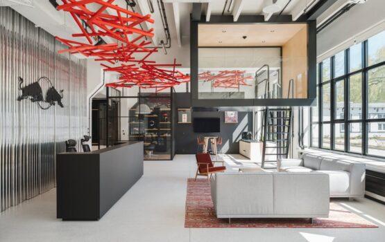 Biuro Red Bulla – wnętrze, które doda Ci skrzydeł!