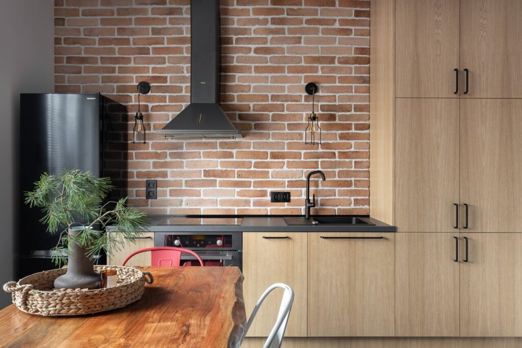Fornir w kuchni w projekcie Good Vibes Interiors