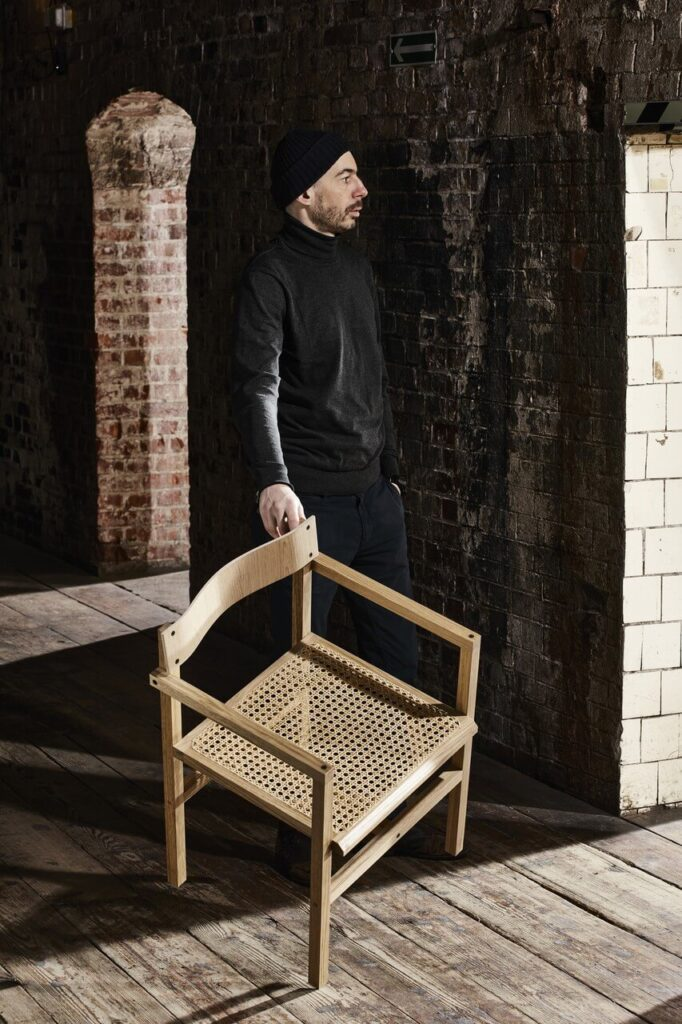Krzesło JM projektu Szymona Hanczara - foto Łukasz Gawroński