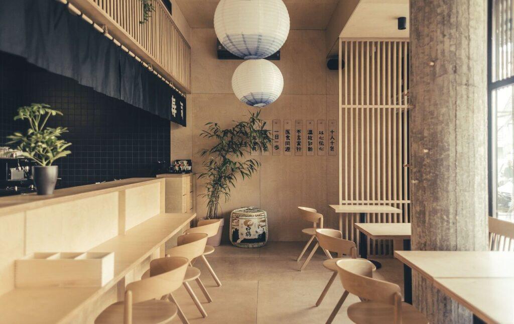 Najlepiej zaprojektowane wnętrze komercyjne w Gdyni 2021 - Moshi Moshi Sushi